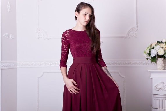 Burgundy bridesmaid dress long. Floral lace formal gown with sleeves.  Modest evening dress plus size. 3/4 sleeves mother of the bride dress