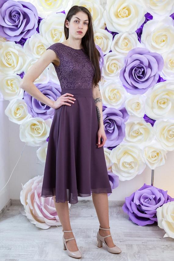 Short Purple Lace Dress Bridesmaid Dress Knee Length Extended Shoulders Modest Cocktail Dress With Sash