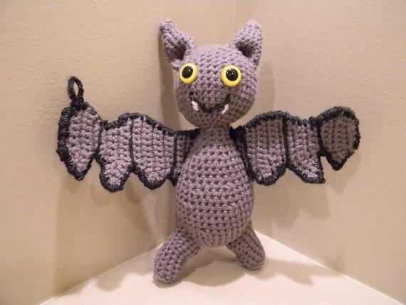 She Crocheted a Gumiho Amigurumi aka a Nine-Tailed Fox | Häkeln ... | 428x570