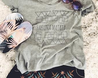 Hakuna Matata Tees, Lion King shirt, Hakuna Matata Shirt,  Disney Shirt,  Disney Quote Shirt, Disney World Shirt, Scoopneck, Ringer Tee