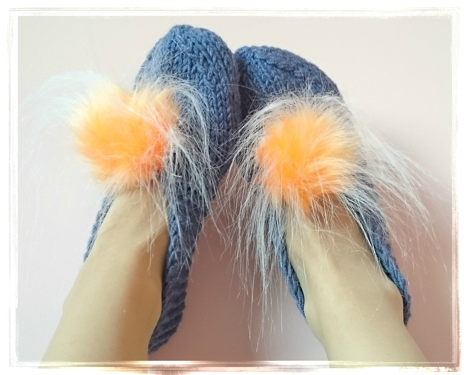fur pom poms slippers, chunky women's slippers, wedding ballet flats, home shoes, furry slippers, knitted slippers, round to
