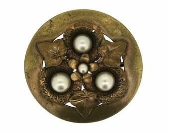 1930s Gilt Metal and Faux Pearl Floral Design Vintage Brooch