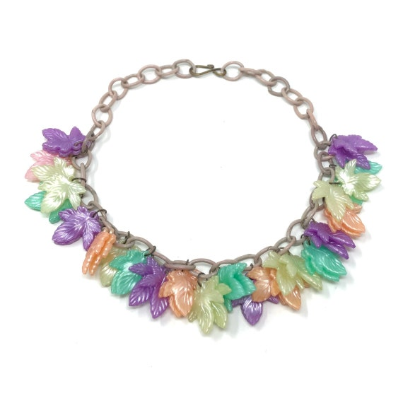 1940s Celluloid Multi-Coloured Leaf Vintage Neckla