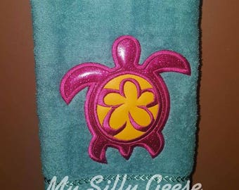 DIGITAL FILE 4x4 Sea Turtle applique embroidery design