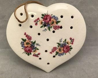 "Heart Shaped Pomander White w/ Floral Design - INARCO Japan - 3.75"" Across - Potpourri Holder 1960s"