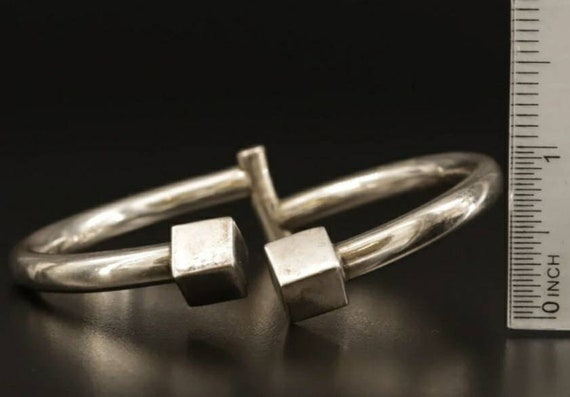 Vintage Contemporary wrap around Mexico ByPass Sterling Silver Ring