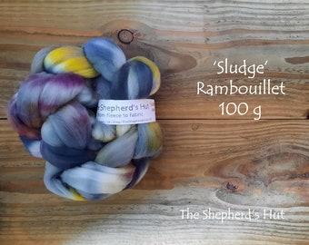 Rambouillet hand dyed braid 'Sludge' 100 g  3.5 oz