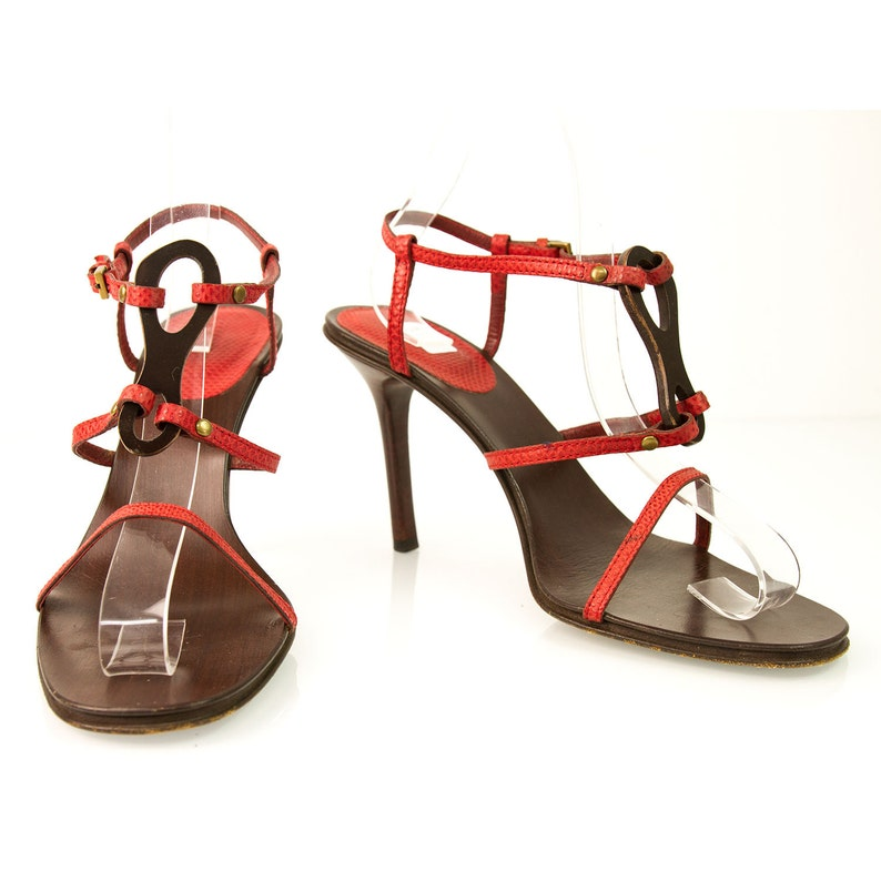 5c5e17ea6c7 Gucci Red Snake Skin Strappy High Heel Sandals Sz361 2 EU