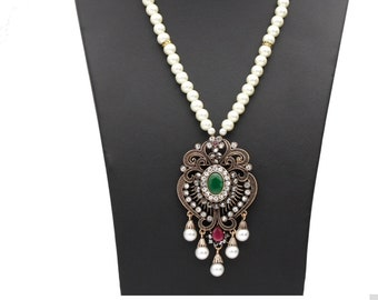 Turkish vintage pendant necklace with Pearl chain