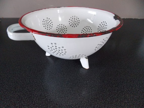French vegetable strainer Colander 30/'s Chic french kitchen French vintage large aluminium colander Frenc strainer. French colander