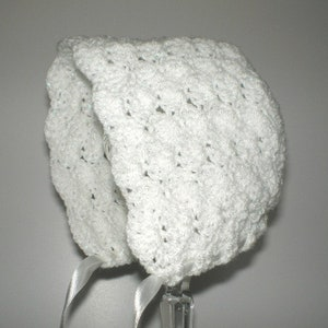 Baby hat,crochet newborn hat,Ecru crochet newborn hat,Baby capLace Christening hat Little baby cap in ecru crochet,Little hat for baby girl