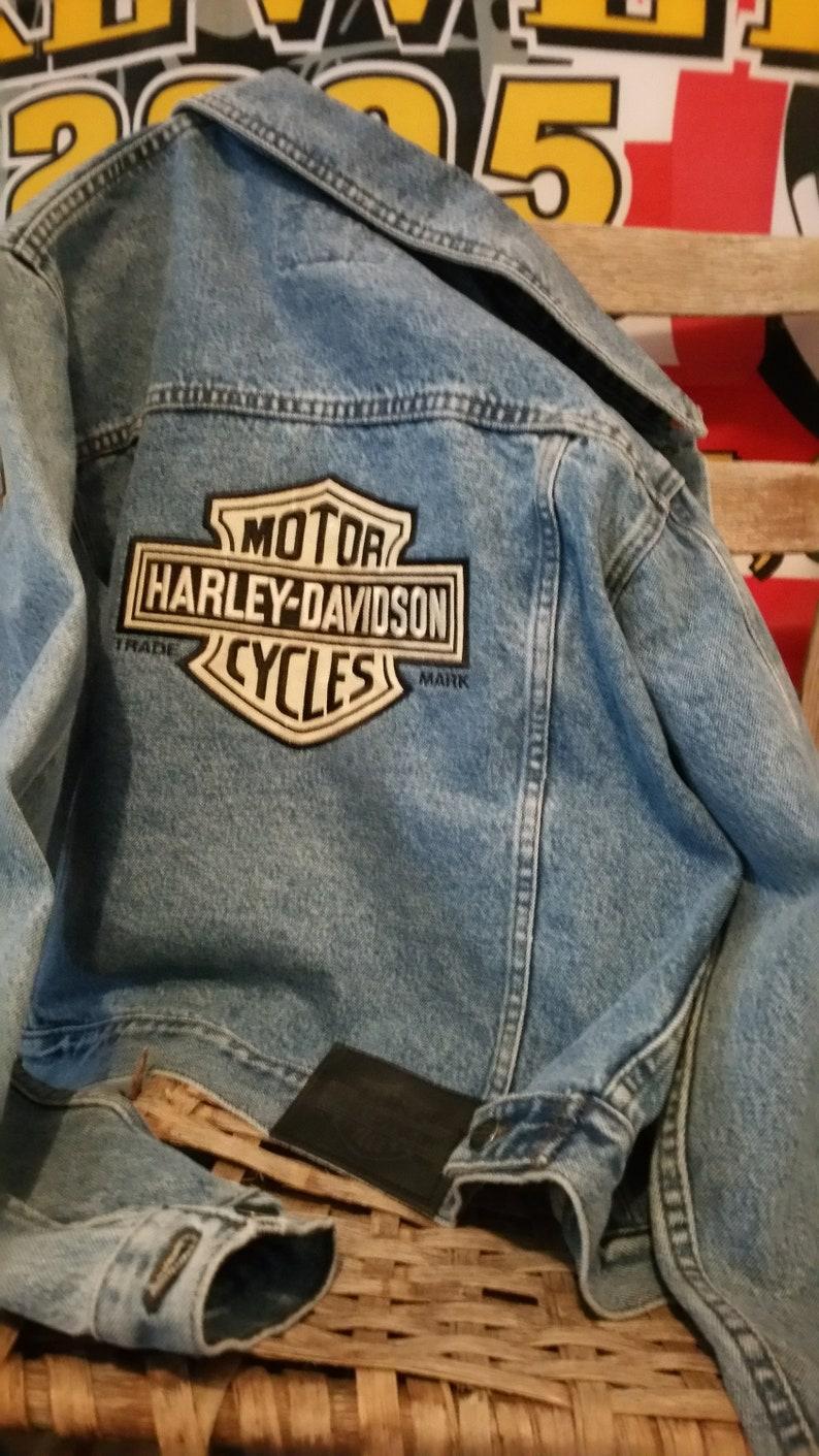 59aff83ad803 Vintage Harley-Davidson Denim Biker Jacket with Embroidered Bar & Shield  Logo on Back Women's Size M Biker Pin Jacket Rugid Harley Quality