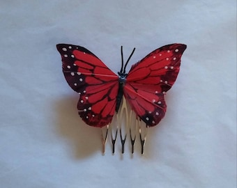 Red Feathered Butterfly Comb
