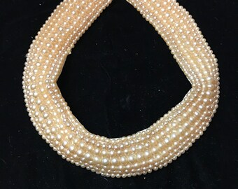 Pearl Collar Necklace bib beautiful!