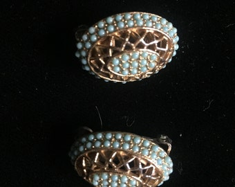 Signed Har clip on Earrings beautiful!