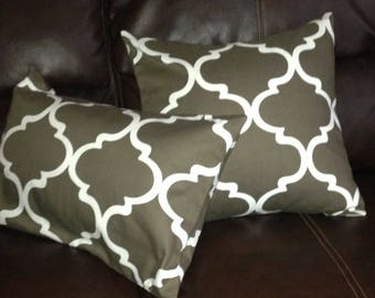 Brown Pillow Cover with white Moroccan lattice print