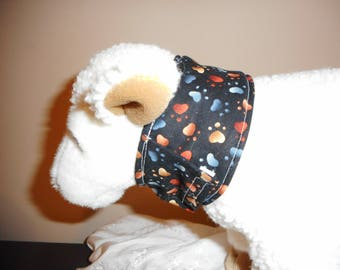 Cat or very small dog Feeding tube covers-Paw Hearts pattern - 9 inch neck