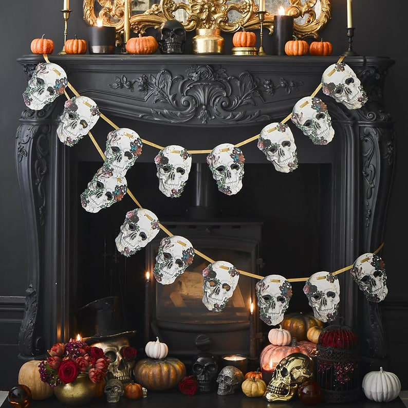 Baroque Skull Garland Halloween Decoration