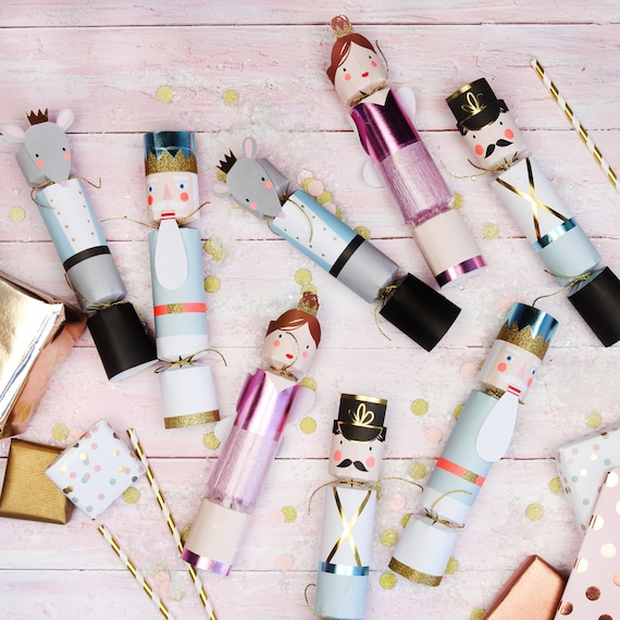 Crackers Schiaccianoci personalizzati - 8 Pack - Nutcracker Pastel Christmas Crackers Traditional Christmas Decorations Christmas Dinner Games