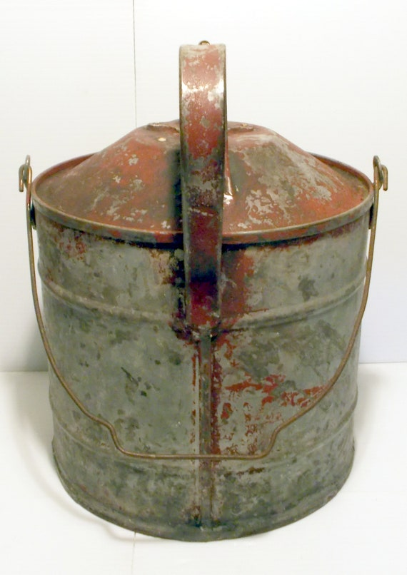 Safety Gas Can >> Antique Collectible 2 1 2 Gal Peerless Safety Gas Can 1914