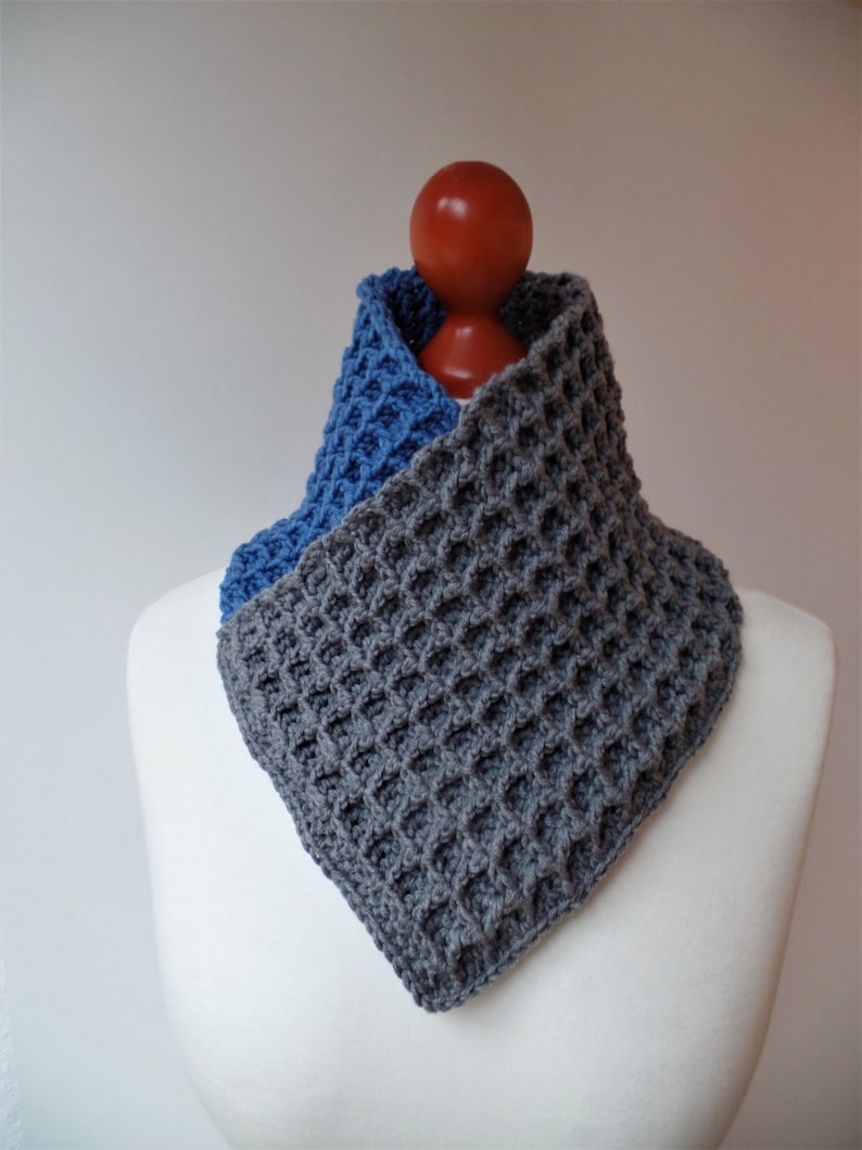 Collar Lieselotte High-necked or carded as you mittelblau/grau