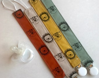 Pacifier Jungle handmade with organic cotton -Dummy clip -Dummy holder-Pacifier clip-Pacifier fabric clip -Pacifier holder -Baby shower gift