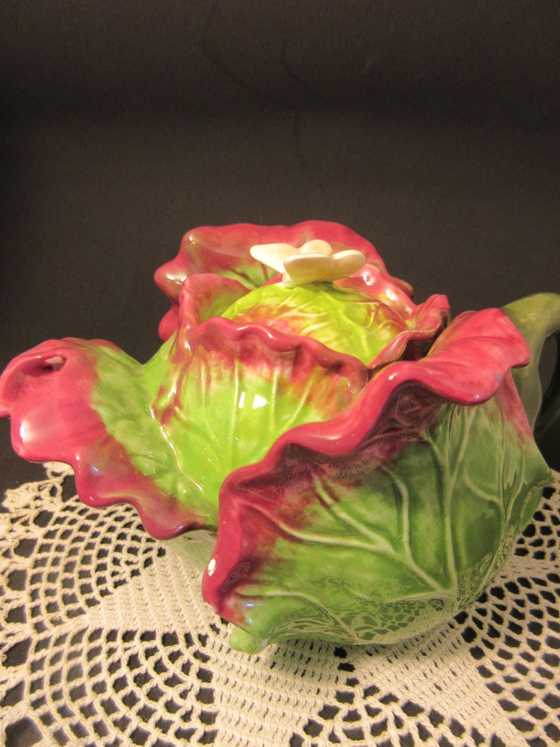 amazing design deep rose unfurling leaves excellent condition collectible green rare vintage majolica pottery teapot cabbage teapot