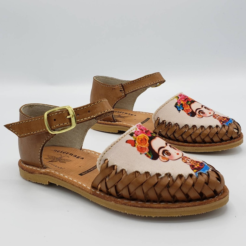 bab37374364ab Fridita Girl's Brown leather sandals. Mexican huaraches.  LuciernagaMXFolkWare