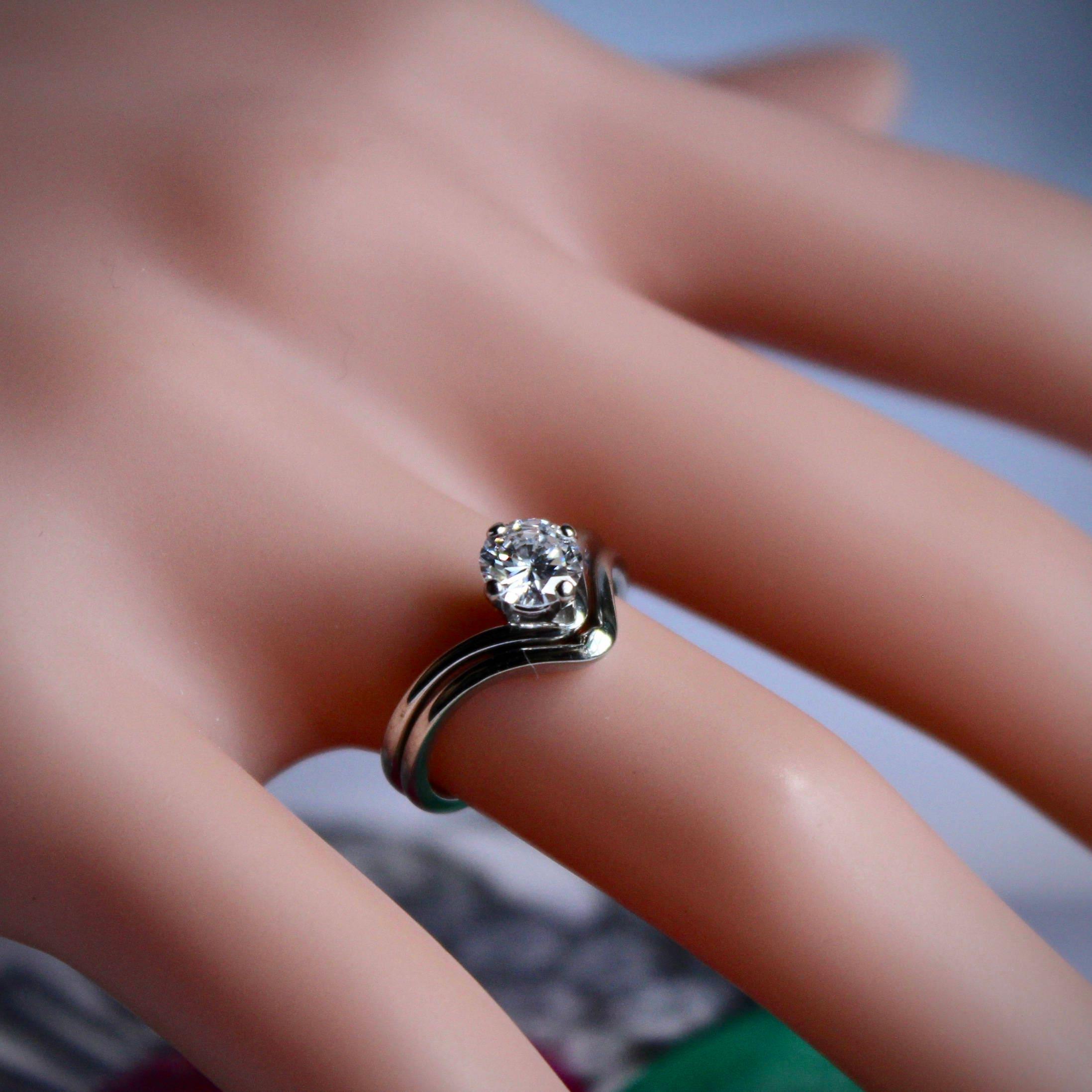 Chevron Diamond Engagement Ring, Chevron Solitaire Diamond Ring ...