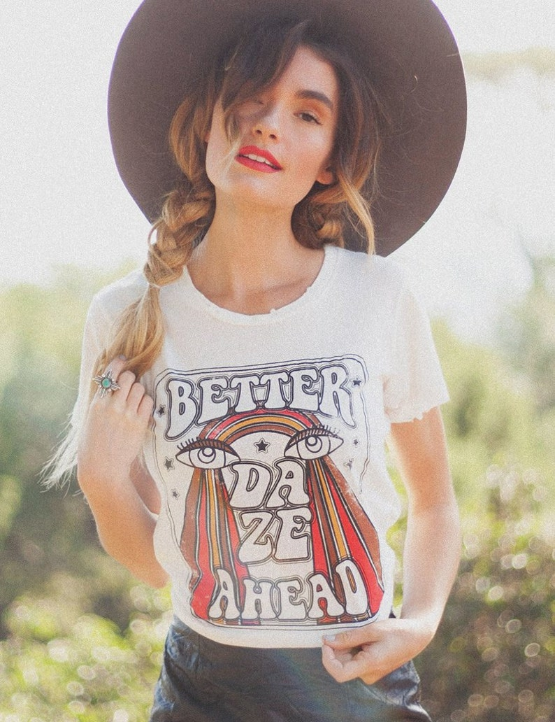 1471f98f Better Daze Positive graphic tee Vintage Tee Starry eyes | Etsy