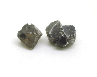 Senarmontite (x 2), Algeria, 8 and 10mm