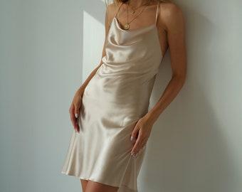 Short silk slip dress creamy Mini slip dress beige 100% silk dress slip Silk bias cut open back date dress Cream slip dress