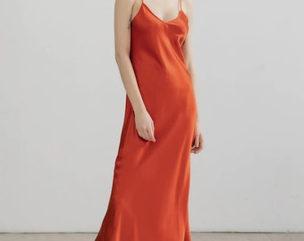 V neck silk slip dress Red brick slip evening dress Minimal silk dress bias cut Bridesmaid long slip dress Burnt orange bridesmaid dress 90s