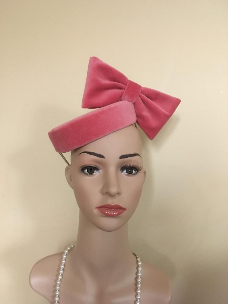 Pink velvet hat Pink wedding hat Pink wedding hats Pink velvet hats velvet hats Pink Pillbox Pink fascinator Pink Hat Pink Ascot hat