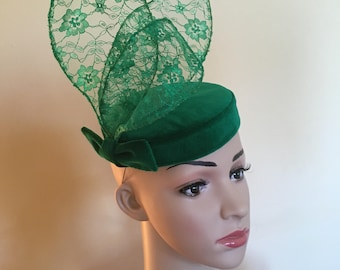 Green velvet hat,Green velvet pillbox,Green velvet hats,Green wedding hat,Green Ascot hat,Velvet hats,Velvet hat,Green pillbox hats.