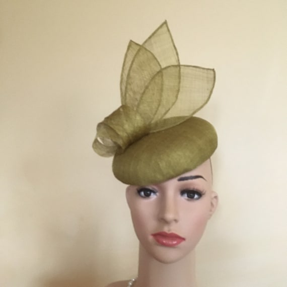 Gold Mustard Silver Feather Pillbox Hat Races Fascinator Ascot Headpiece 1663