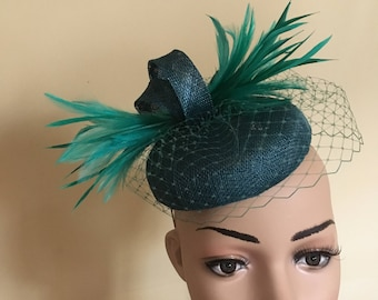 Teal blue green pillbox hat, Teal green hat, Teal wedding hat, Teal Ascot hat,Pillbox hats, Teal pillbox hats, Teal hat with veiling, Hats