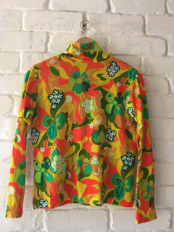 60s psychedelic print turtleneck top size medium
