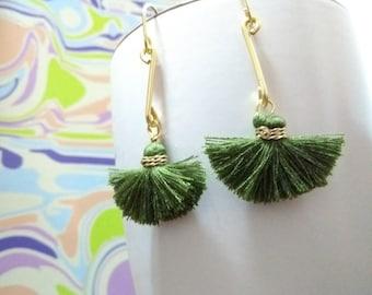 Beautiful earrings, handmade tendrils, beautiful earrings, tendrils