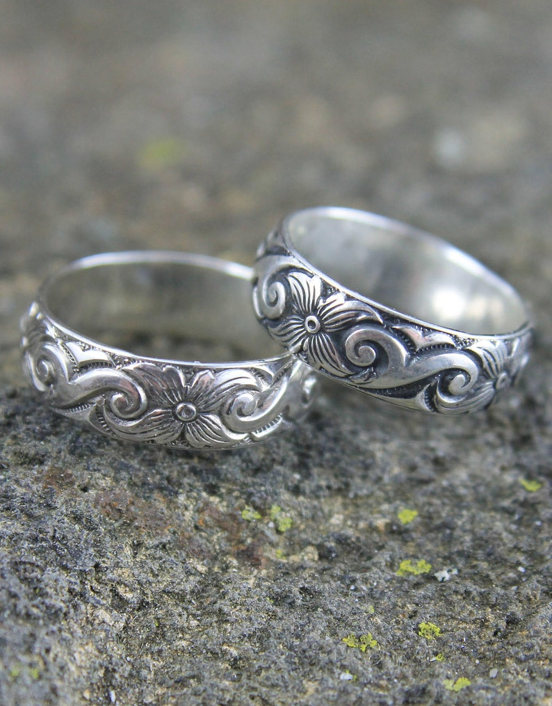 Image 0: Wave Pattern Wedding Ring I Do At Websimilar.org