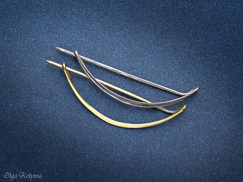 Silver brooch Minimalist shawl pin Wire wrapped brooch Geometric Scarf pin gift for her