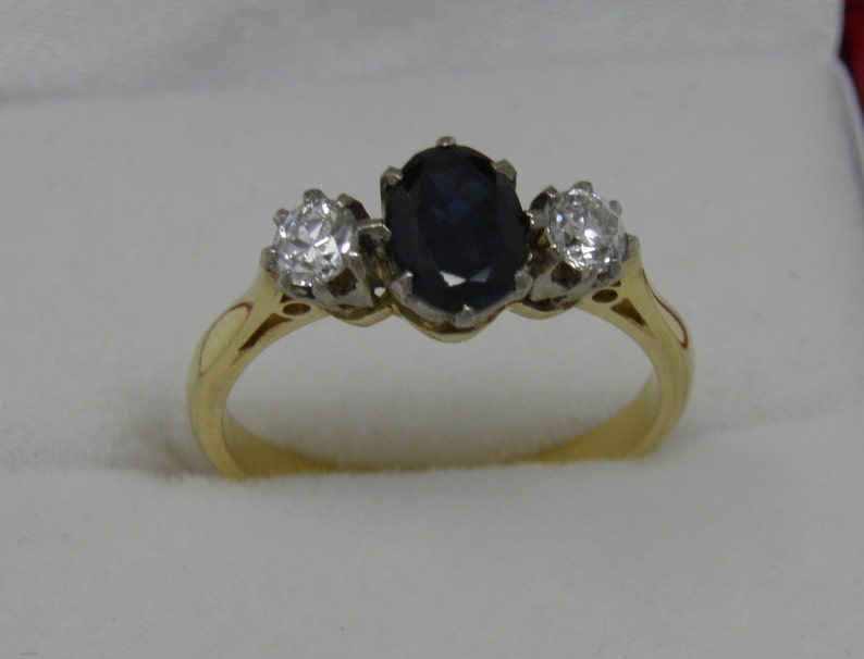 A Classic and beautiful vintage 18ct Sapphire and Diamond Trilogy ring
