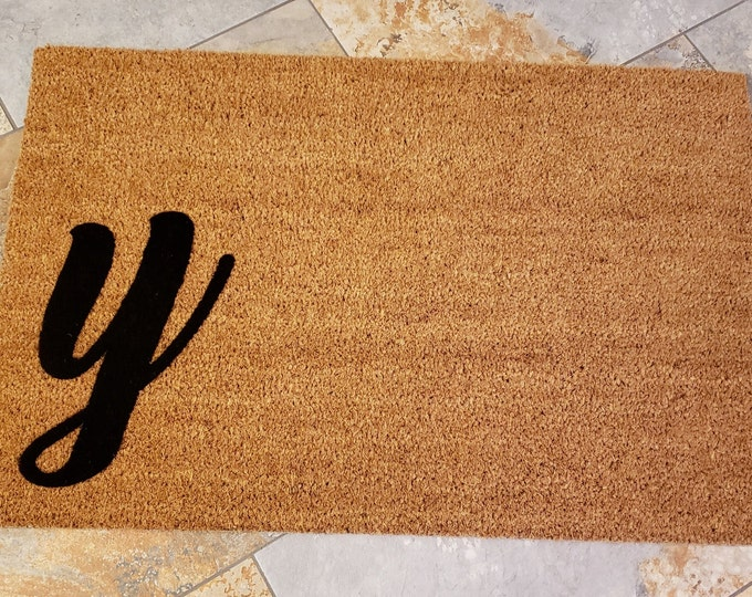 Custom Doormat, Custom Welcome Mat, Personalized Doormat, Script Monogram Mat, Initial Doormat, Unique Gift Idea, Monogram Y, Personalized