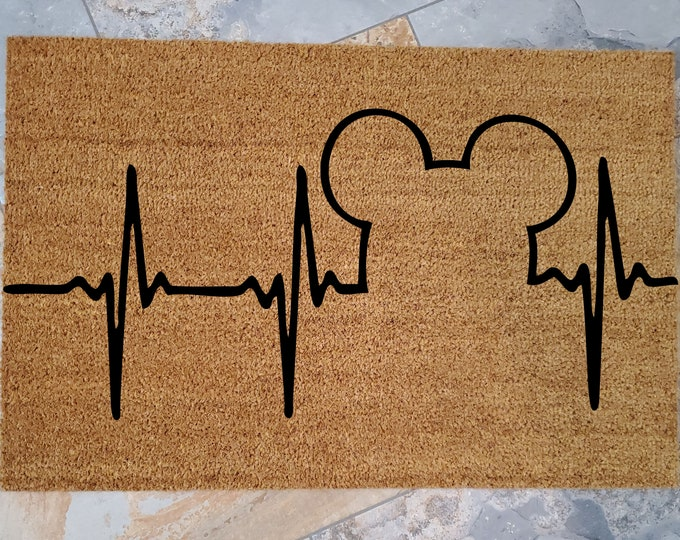 Mickey Heart Beat Doormat / Custom Welcome Mat / Personalized Doormat / Disney Home Decorations / Unique Door Mats / Mickey / Disney Lover