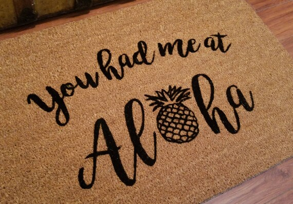Funny Doormat / Welcome Mat / Custom Door Mats / Aloha / Gifts for Her / Gifts for Him / Gift Ideas / Pineapple Decor / Tropical Decor