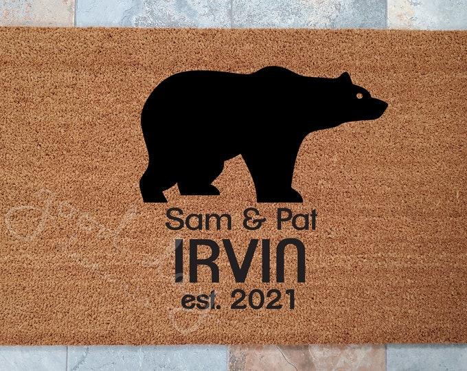 Black Bear Doormat / Personalized Doormat / Door Mats / Outdoors Doormat / Handmade Doormat / Housewarming Gifts / Family Gift / Welcome Mat