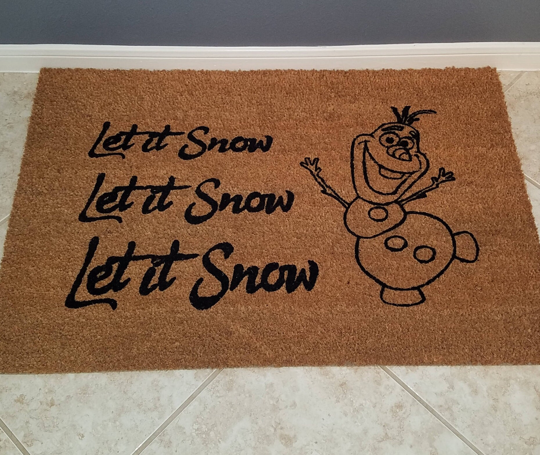 Gentil Christmas Gift / Door Mats / Funny Doormats / Holiday Doormat / Gift Ideas  / Custom Doormat / Personalized Doormat / Holiday Decor / Olaf