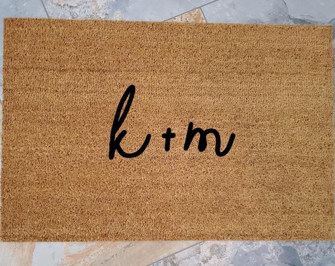 Couples Initials Doormat /Custom Doormat / Personalized Doormat / Welcome Mat / Personalized Wedding Gifts / Shower Gifts / Gifts for them