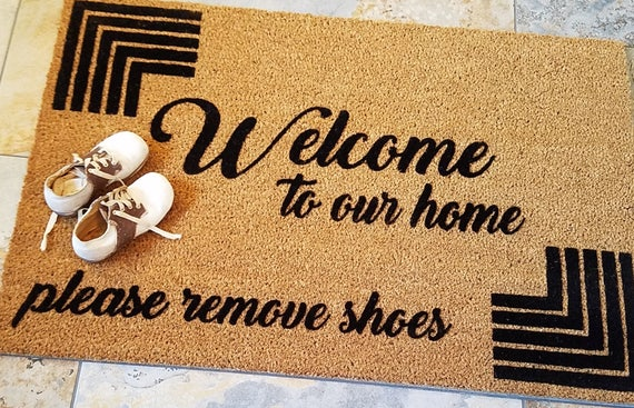 Doormats / Welcome Mat / Custom Doormat / Personalized Doormat / Please Remove Shoes / Unique Gift Ideas / Family Gifts / Housewarming Gifts