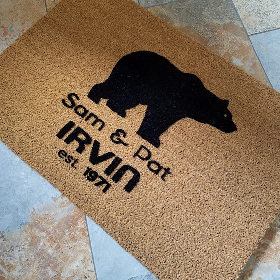 Black Bear Doormat / Personalized Doormat / Door Mats / Outdoors Doormat / Handmade Doormat / Housewarming Gifts / Family Gift / Welcome Mat
